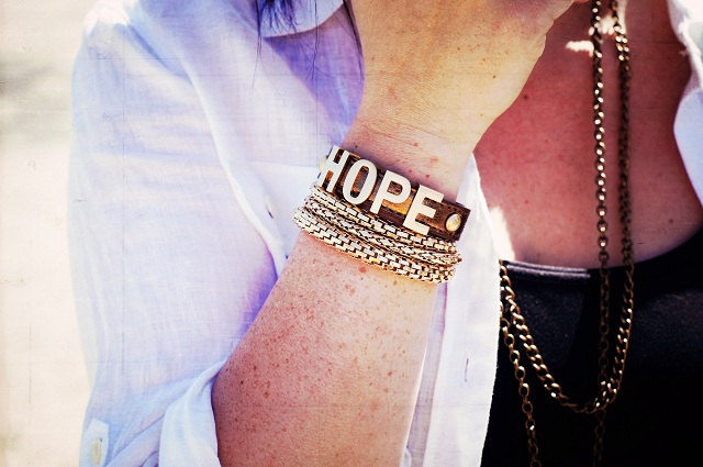 Wear Hope in Christ!